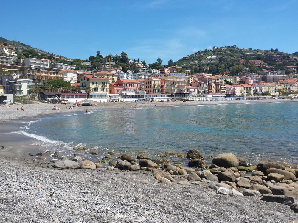 Ospedaletti: paese di mare, gioiello della Liguria